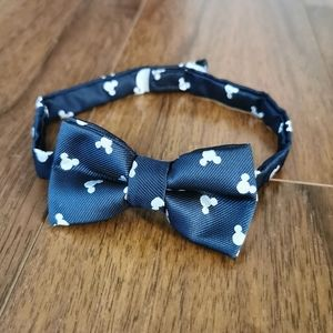 Disney Mickey mouse navy blue baby bowtie